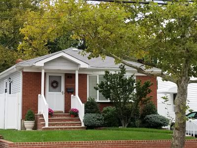 Single Family Home For Sale: 149 Greaves Avenue