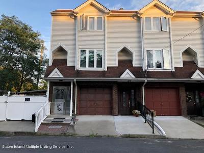 Staten Island Single Family Home For Sale: 15 Tone Lane
