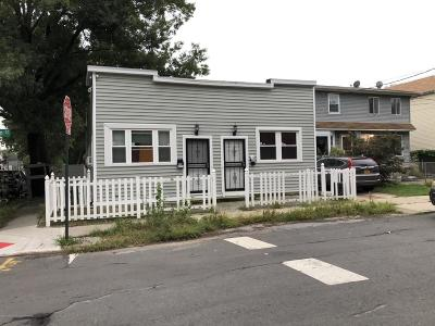 Staten Island NY Multi Family Home For Sale: $560,000