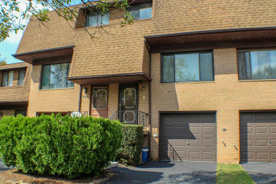 Condo/Townhouse Acceptance: 295 Windham Loop