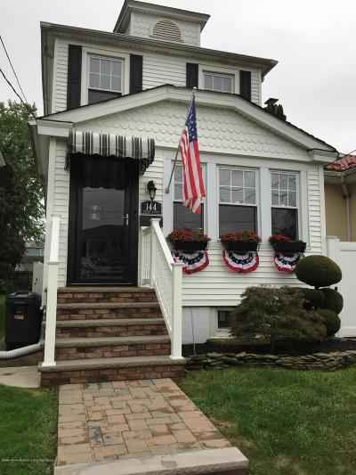 Staten Island NY Single Family Home For Sale: $630,000