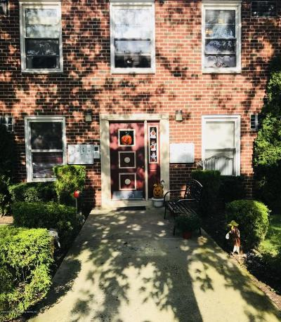Staten Island Co-op For Sale: 475 Armstrong Avenue #A 1