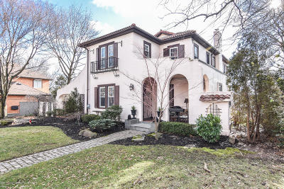 Single Family Home For Sale: 30 Parkview Place