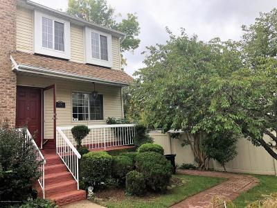 Condo/Townhouse For Sale: 20 Dreyer Avenue #B