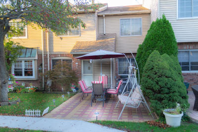 Staten Island Single Family Home For Sale: 23c Franklin Lane