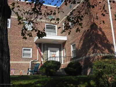 Staten Island Co-op For Sale: 581 Castleton Avenue #1f