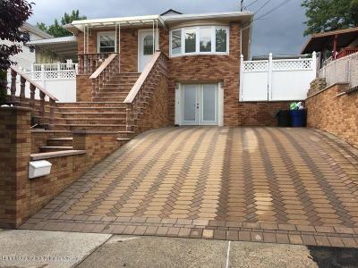 Single Family Home For Sale: 125 Kramer Street