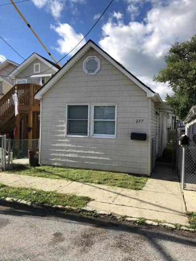 Staten Island Single Family Home Acceptance: 227 Grimsby Street
