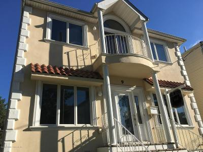 Staten Island Single Family Home For Sale: 9 Llewellyn Place
