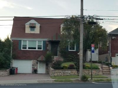 Staten Island NY Single Family Home For Sale: $889,000