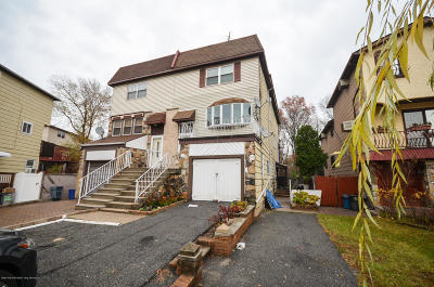 Staten Island Two Family Home Acceptance: 17 Goller Place