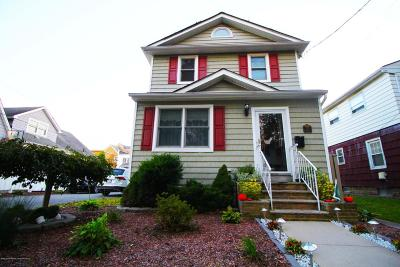 Staten Island NY Single Family Home For Sale: $748,000