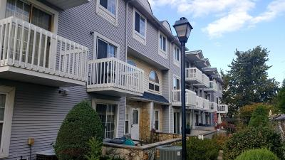 Staten Island NY Condo/Townhouse For Sale: $389,000