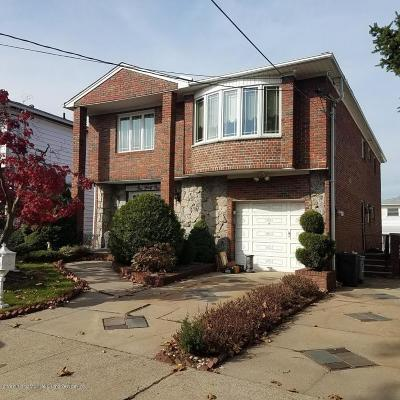 Staten Island NY Two Family Home For Sale: $799,800