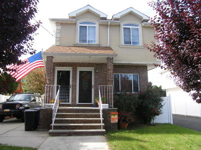 Staten Island NY Semi-Attached For Sale: $450,000