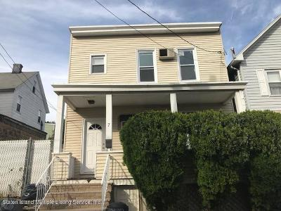 Staten Island NY Single Family Home For Sale: $299,000