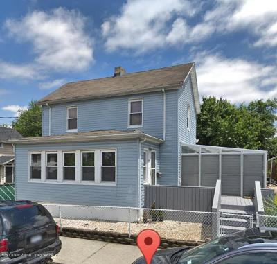 Staten Island NY Single Family Home For Sale: $428,888