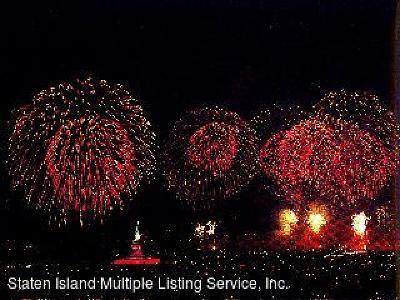 Staten Island Rental For Rent: 10 Bay Street Landing #5-L