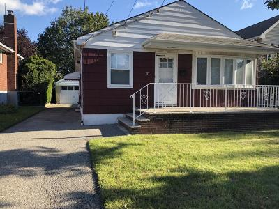Single Family Home For Sale: 57 Hull Avenue