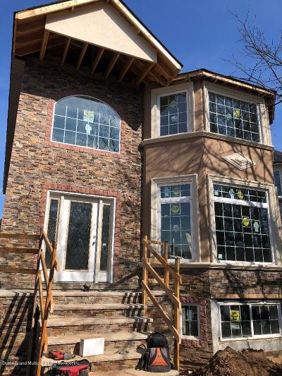 Staten Island Two Family Home For Sale: 39 Tenafly Place
