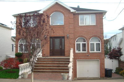 Staten Island Two Family Home For Sale: 116 Gary Street