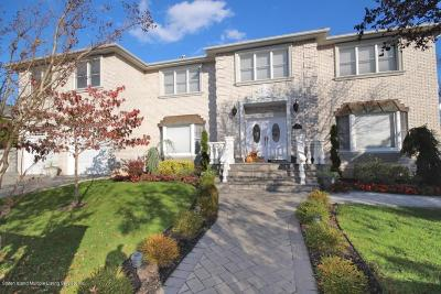 Staten Island Two Family Home For Sale: 15 Walch Place