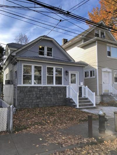 Single Family Home For Sale: 308 Netherland Avenue