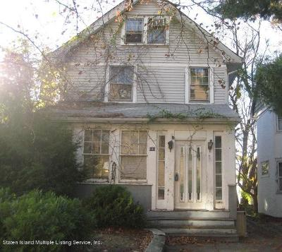 Staten Island Single Family Home For Sale: 800 Brighton Avenue