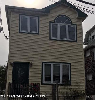 Staten Island Single Family Home For Sale: 72 Dixon Avenue