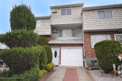 Staten Island Single Family Home For Sale: 1181 Rockland Avenue