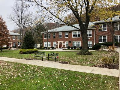 Staten Island Co-op For Sale: 475 Armstrong Avenue #F 1