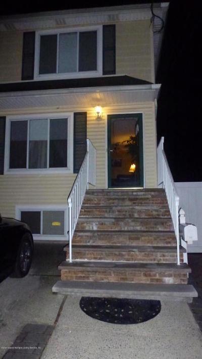 Semi-Attached Acceptance: 208 Dixon Avenue
