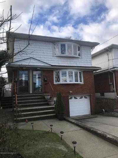 Two Family Home For Sale: 164 Keegans Lane