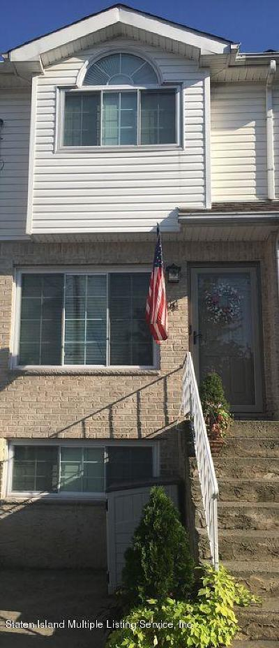 Staten Island Single Family Home For Sale: 14 Bridge Court