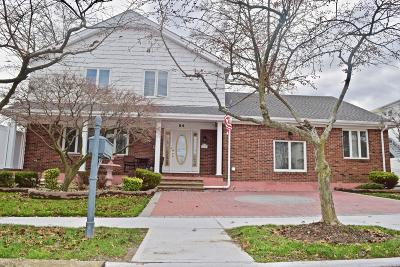 Staten Island Single Family Home For Sale: 84 Petrus Avenue
