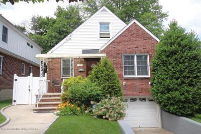Single Family Home For Sale: 646 Pelton Avenue