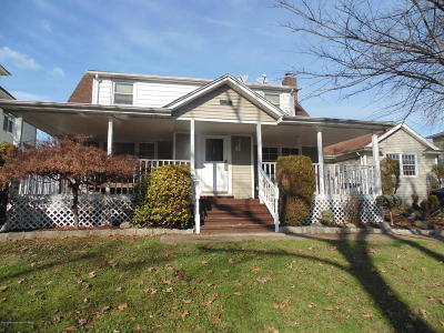 Staten Island NY Two Family Home For Sale: $750,000