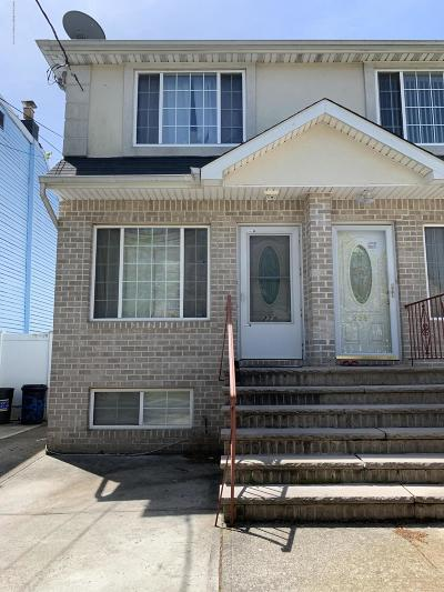 Semi-Attached For Sale: 228 Anderson Street