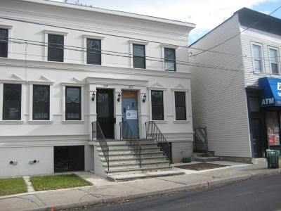 Staten Island NY Single Family Home For Sale: $399,000