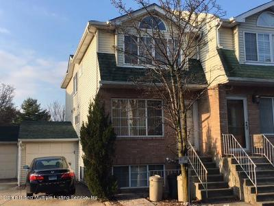 Staten Island Two Family Home For Sale: 167 Woodcutters Lane