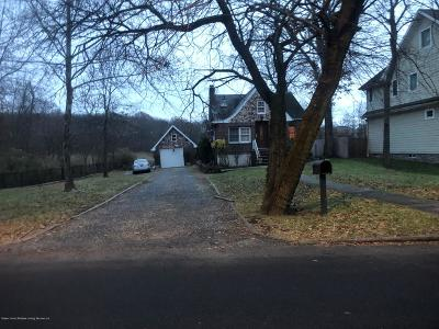 Staten Island NY Single Family Home For Sale: $1,260,000