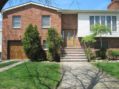 Staten Island Single Family Home For Sale: 337 Ionia