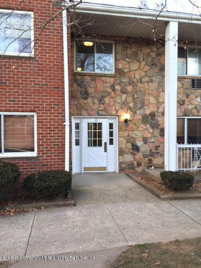 Staten Island Condo/Townhouse For Sale: 21 Gadsen Place #1c