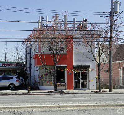 Staten Island Commercial Lease For Lease: 4022 Hylan Boulevard