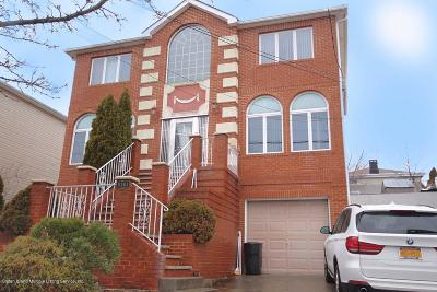 Staten Island Two Family Home For Sale: 5781 Hylan Boulevard