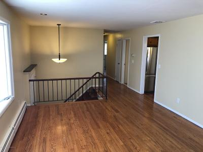 Staten Island Rental For Rent: 56 Bamberger Lane #1