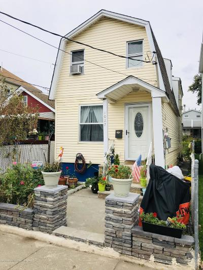 Staten Island Single Family Home For Sale: 1027 Olympia Boulevard