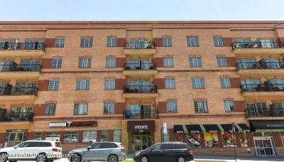 Condo/Townhouse For Sale: 155 Bay Street #5a