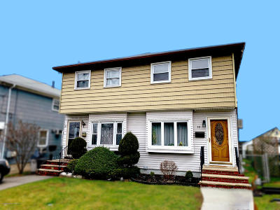 Staten Island Semi-Attached For Sale: 39 Willowbrook Road