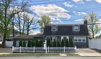 Staten Island Single Family Home For Sale: 590 Arden Avenue